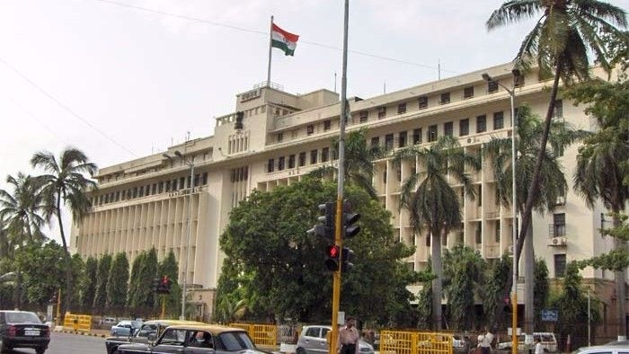 Safety Net Saves Two Teachers Who Jumped off Mantralaya in Mumbai