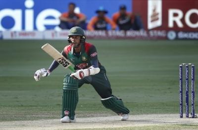 Bangladesh drops Mehidy Hasan for 1st 2 tri-series matches