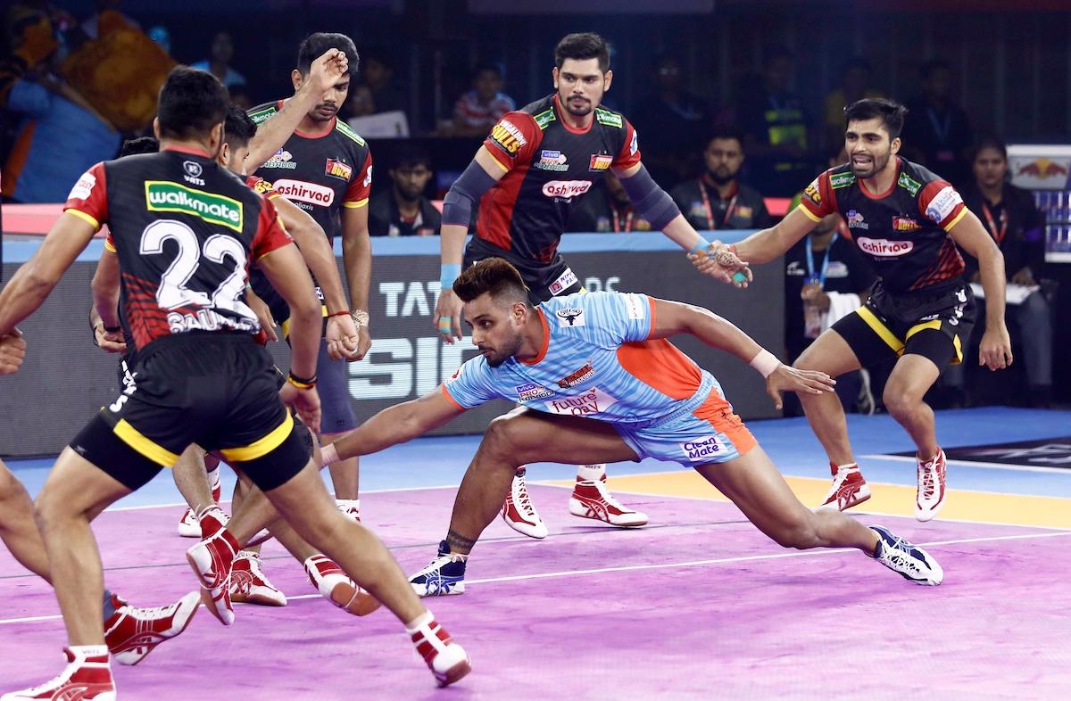 Pro Kabaddi 2019: Bengal Warriors beat Bengaluru Bulls 42-40