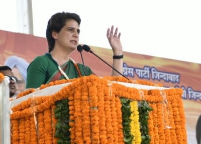 Priyanka questions Yogi government on Chinmayanand issue