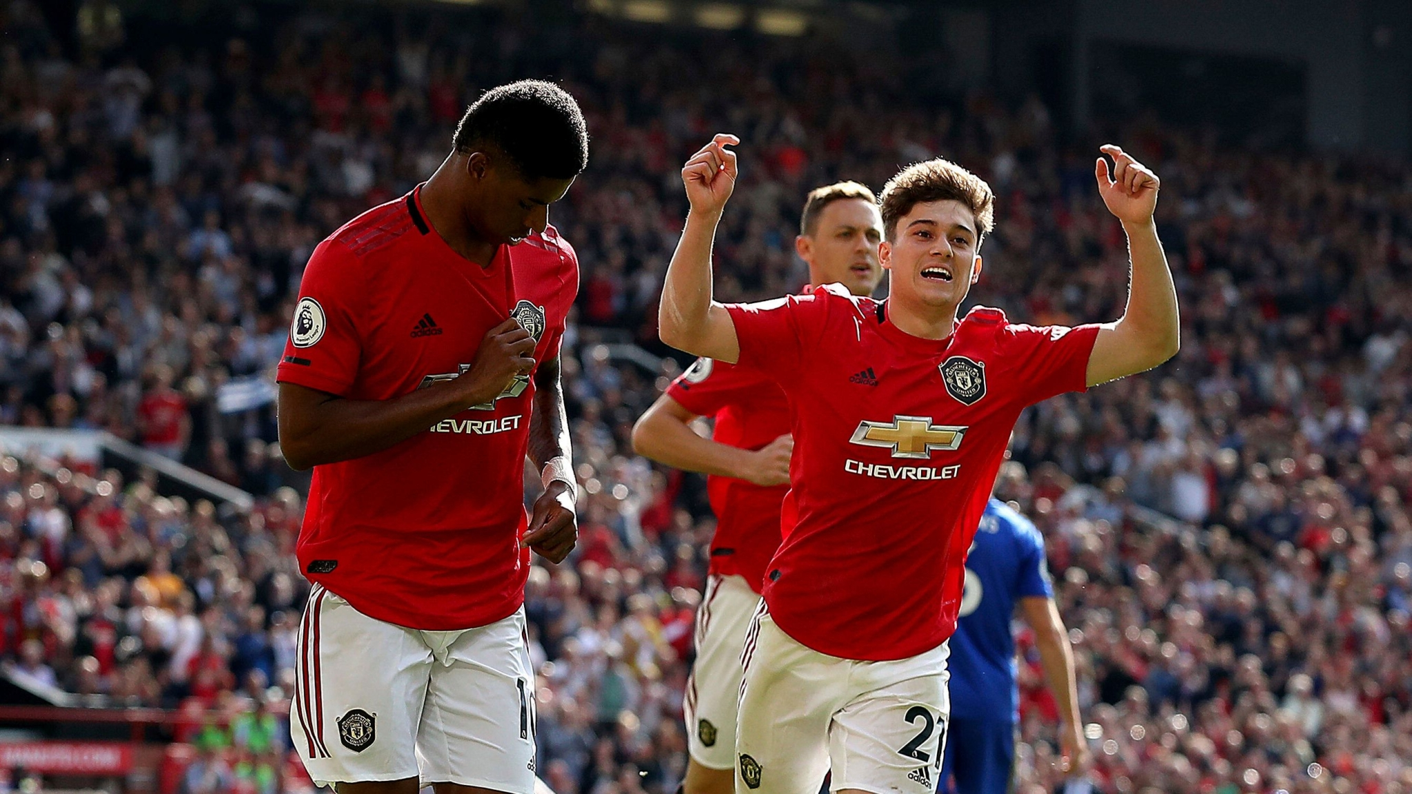 Man United Beat Leicester on Penalty to End Wait for a Win
