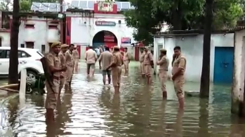 Flood Waters Enter UP's Ballia Jail, 900 Prisoners To Be Shifted