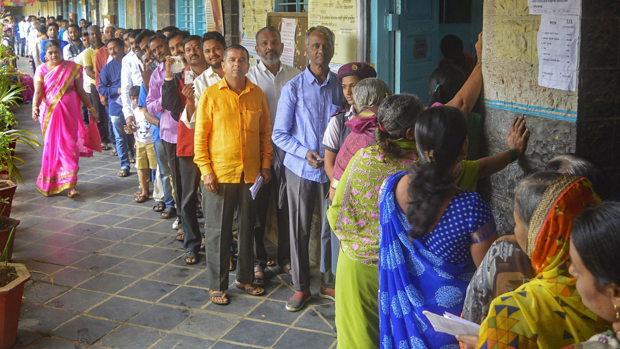 At 4 pm, 44% Voter Turnout in Maharashtra, 35% in Mumbai