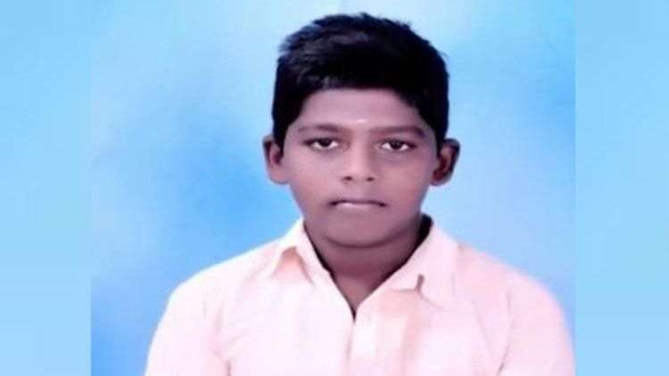 13-Year-Old in Tamil Nadu Electrocuted by Live Wire on Ad Hoarding