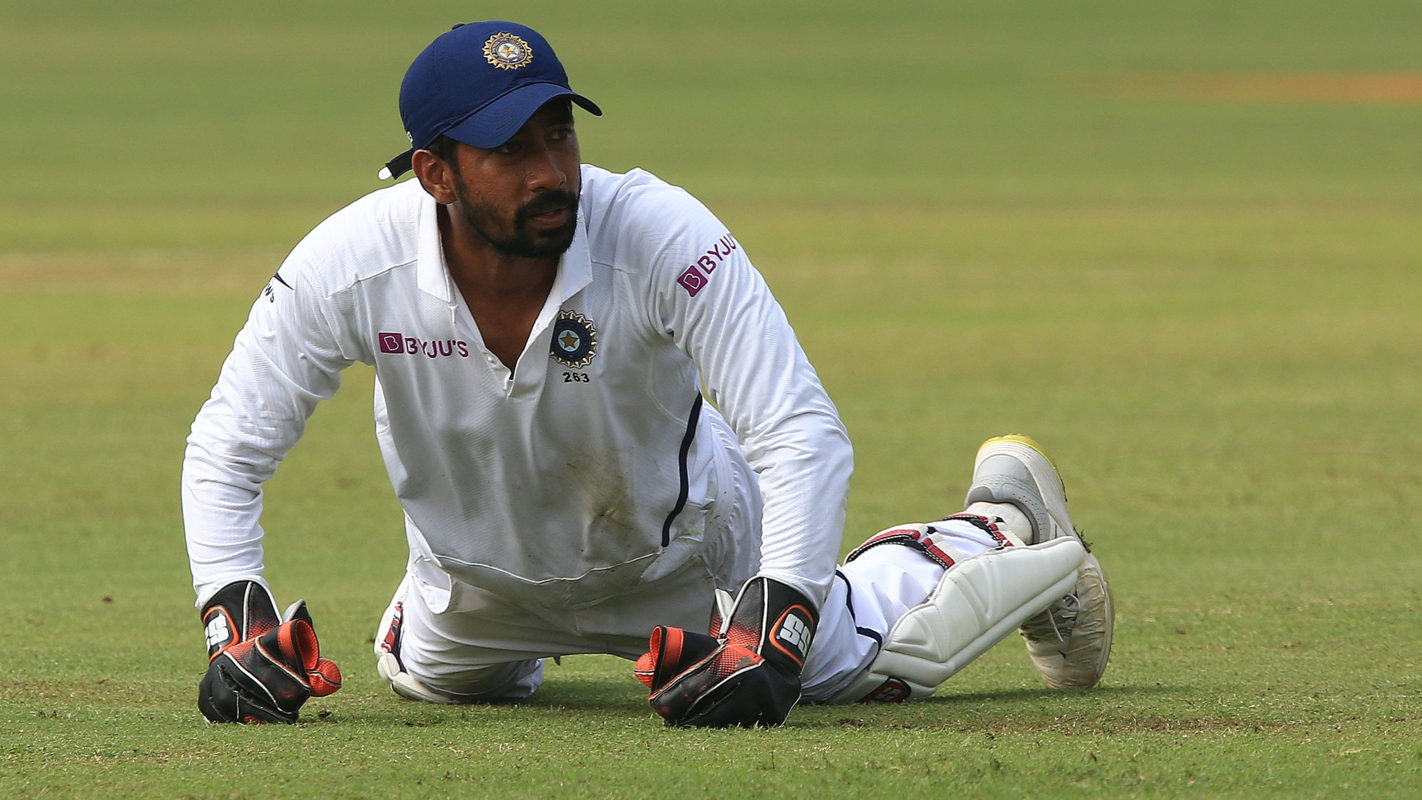 Fans Hail 'Superman' Saha's Wicketkeeping Skills in Pune Test