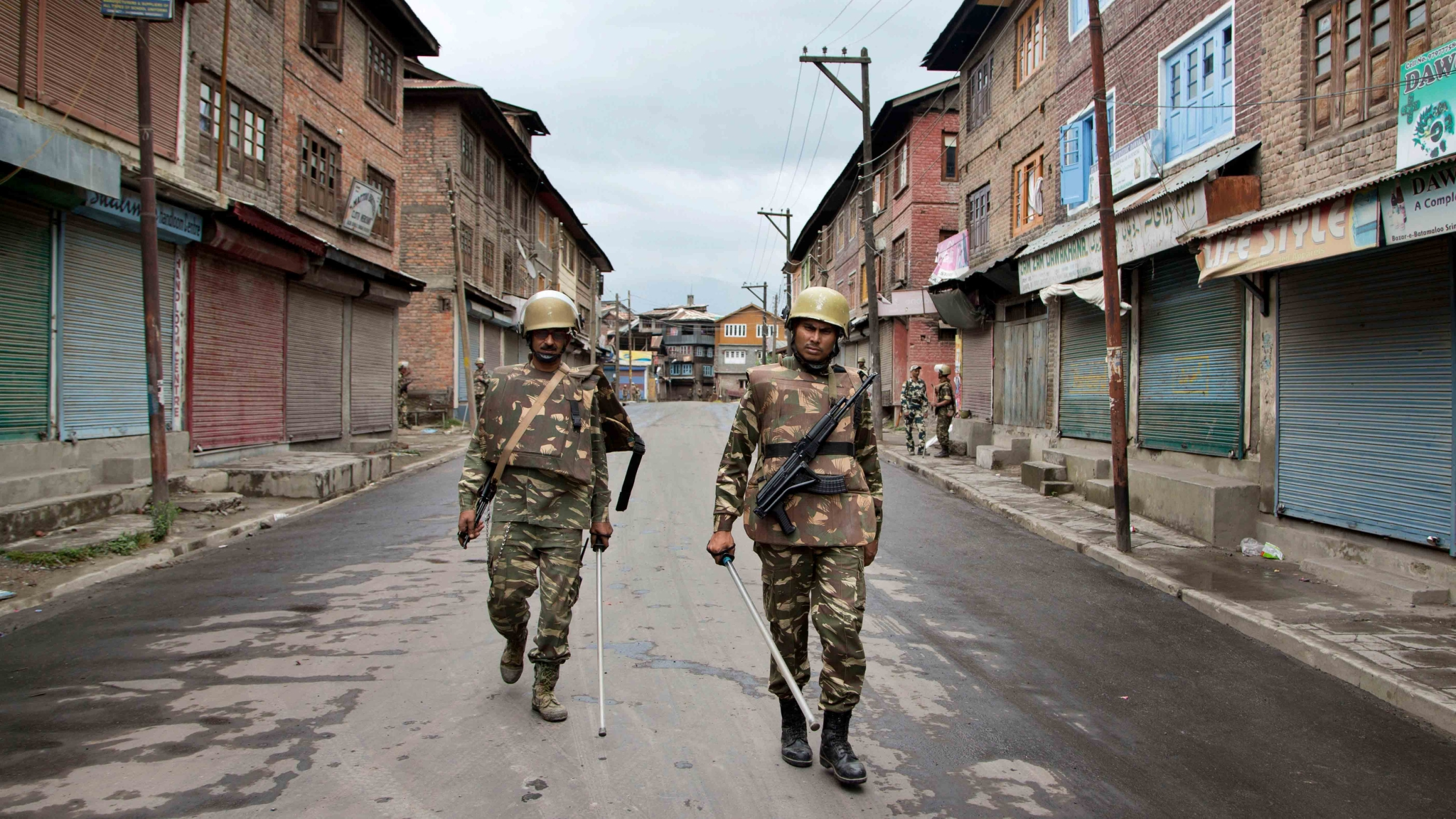 Curbs on SMS Services Reimposed in Kashmir After Terror Attack