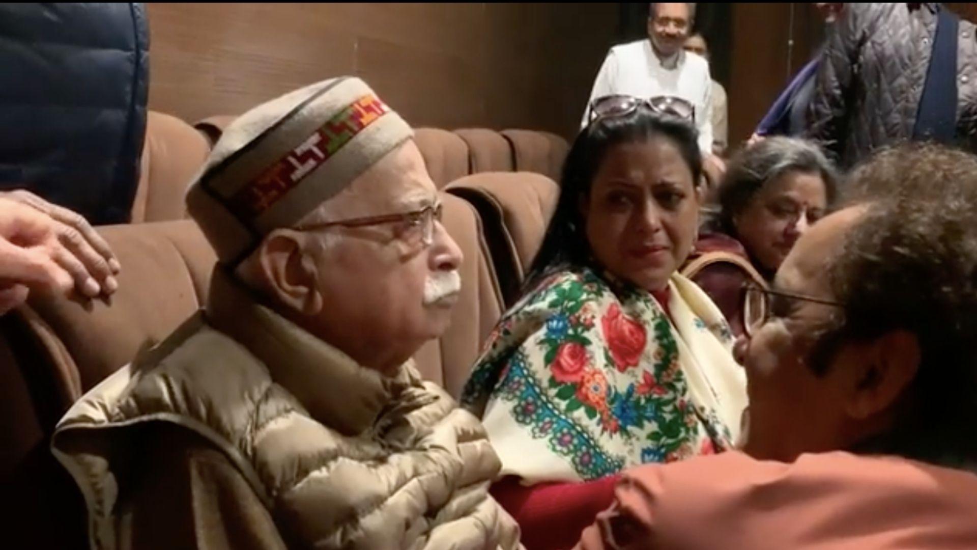 LK Advani Gets Emotional at 'Shikara' Screening