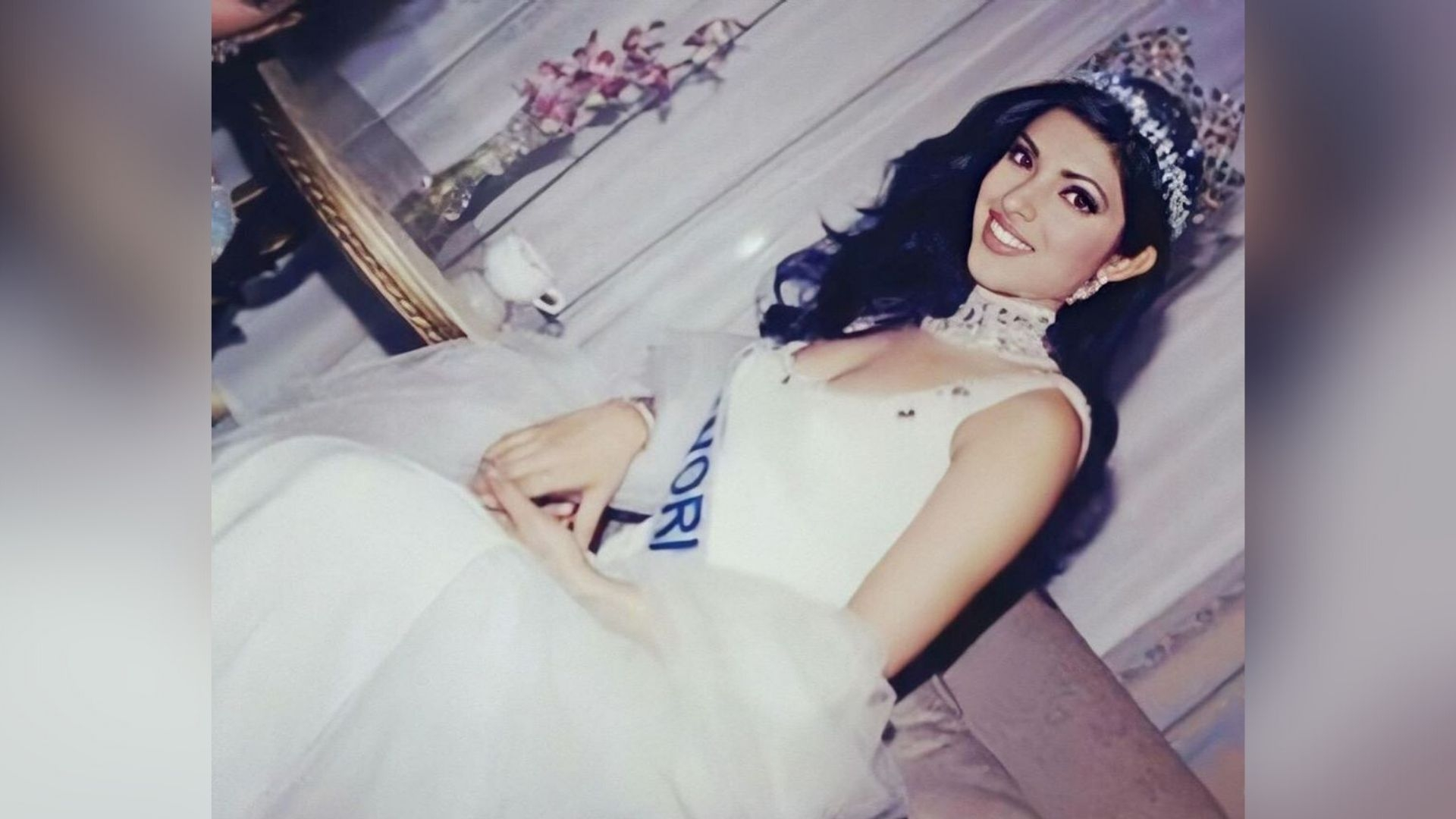 Girls Can Bring About Change: Priyanka Shares Miss World Pic