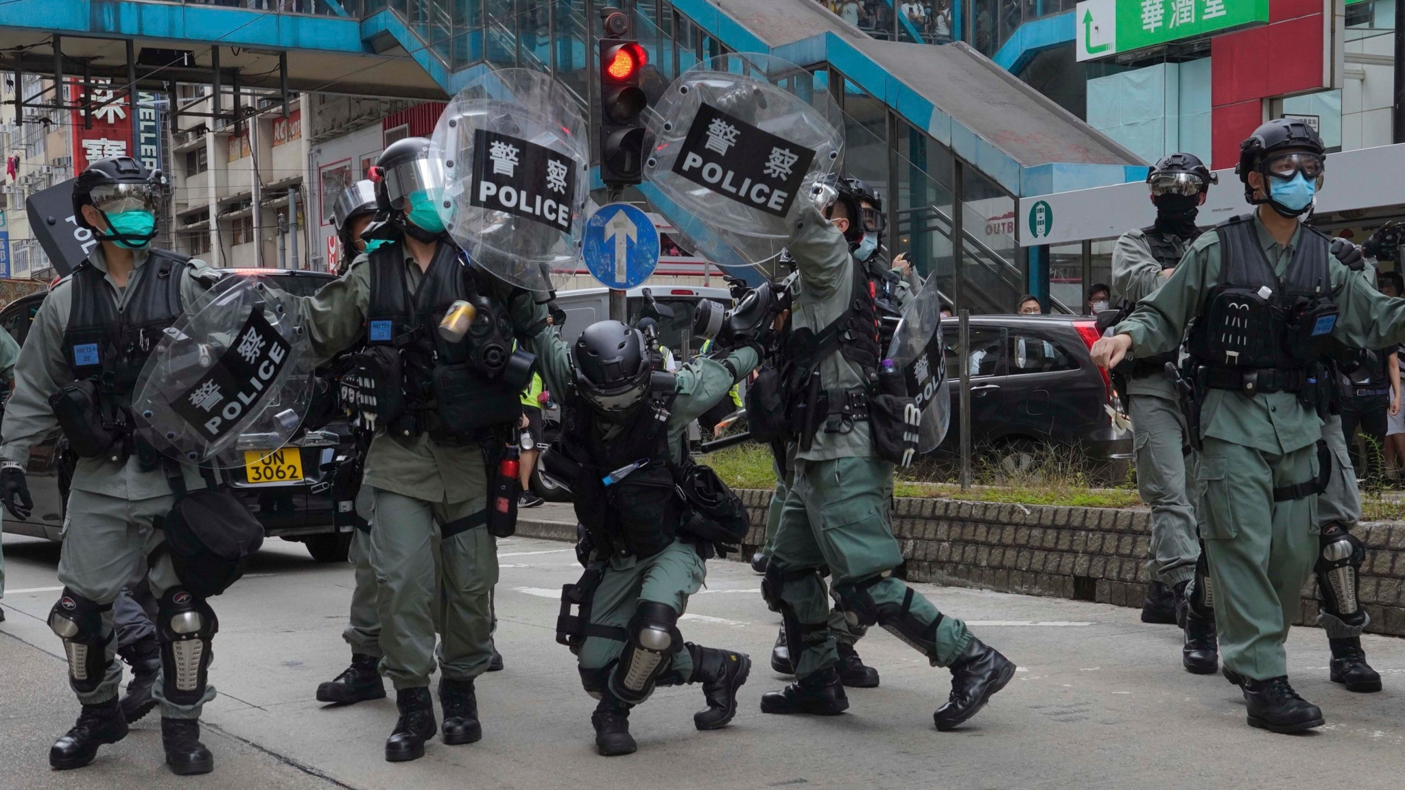 Anti-China Protests Resurface in Hong Kong, 180 Arrested