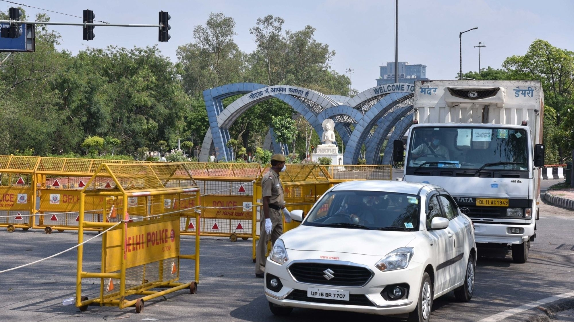 Delhi Chief Minister Arvind Kejriwal announced that borders of the national capital will be sealed for one week, starting Monday, 1 June. However, essential services will be exempted, he added.