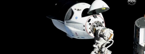 Dawn of New Era in Human Space Flight