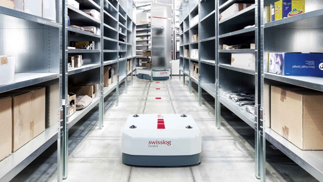 Swisslog Redefines the Smart Warehouse