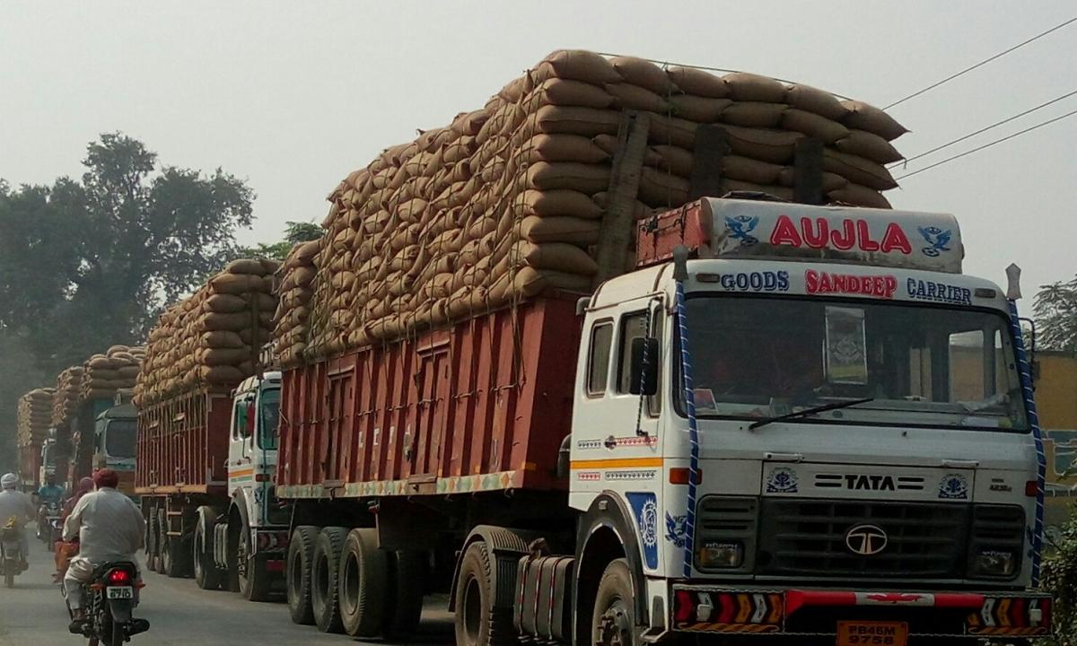 ओवर लोडिंग और अवैध परिवहन के संबंध में ट्रक एसोसिएशन ने मुख्यमंत्री को भेजा पत्र