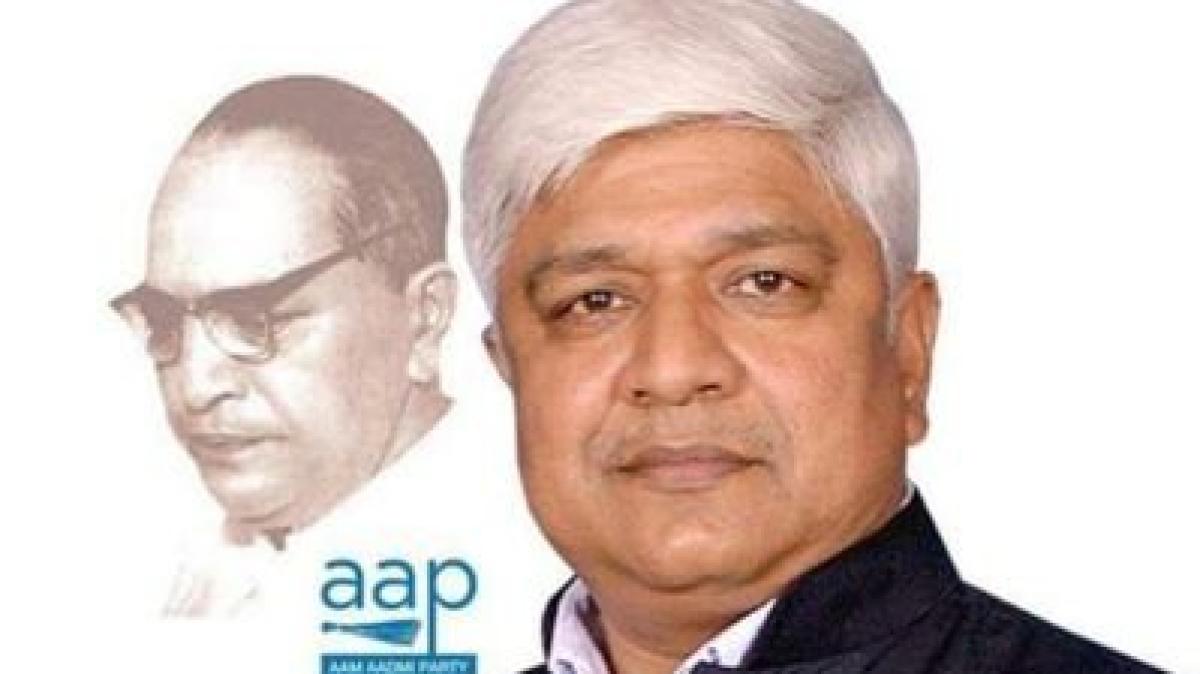 Delhi Government Minister Rajendra Pal Gautam Controversial Tweet