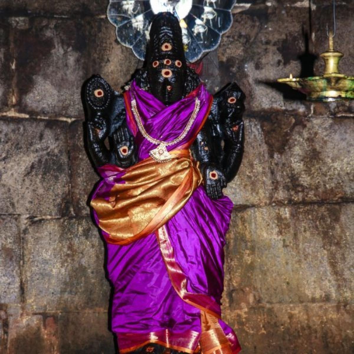 காமரசவல்லி சௌந்தரேஸ்வரருக்கு `கார்க்கோடகன்' என்று பெயர் வந்தது ஏன் தெரியுமா?