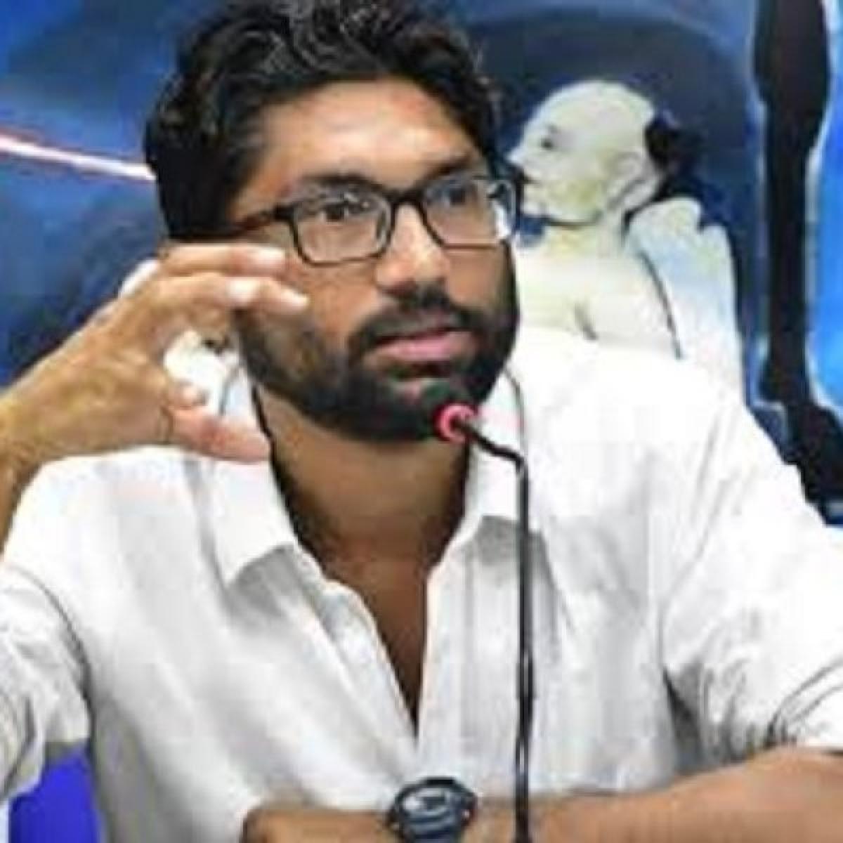 ஸ்டெர்லைட் போராட்டத்தில் ஒன்று கூடுங்கள் - ஜிக்னேஷ் மேவானி ட்வீட்
