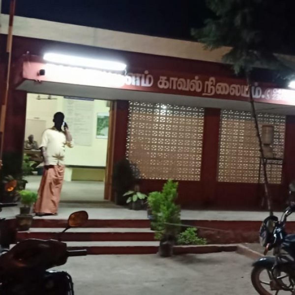 பெரியகுளம் காவல்நிலையம்