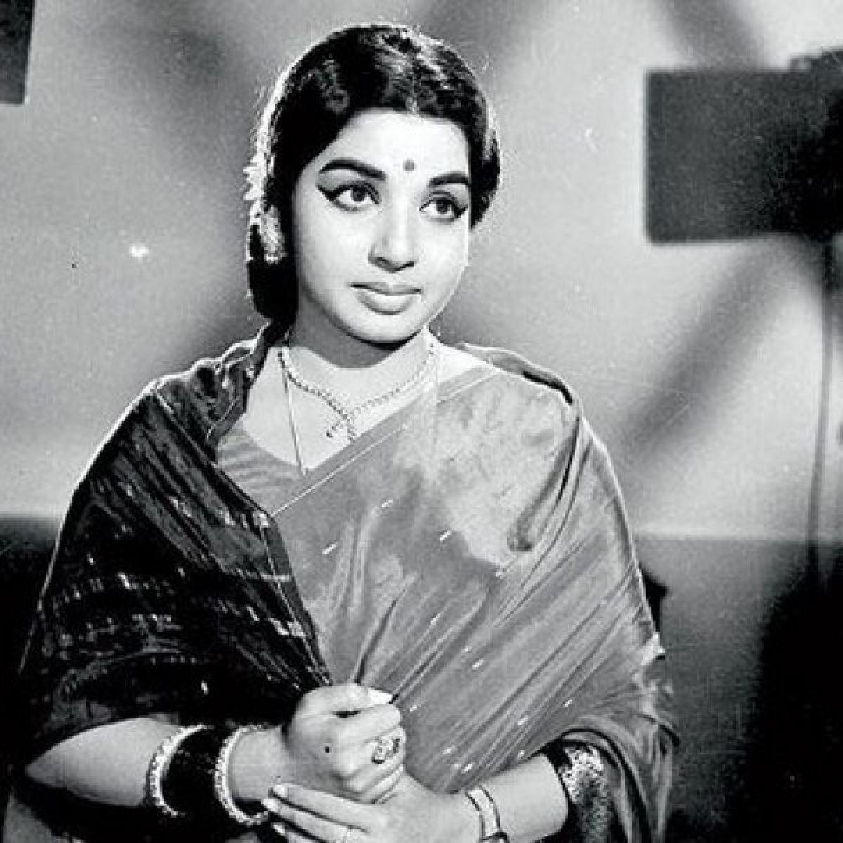 ஜெயலலிதாவின் சொந்தக் குரலில் ஒலித்த முத்தான திரையிசைப் பாடல்கள்!#Jayalalithaa