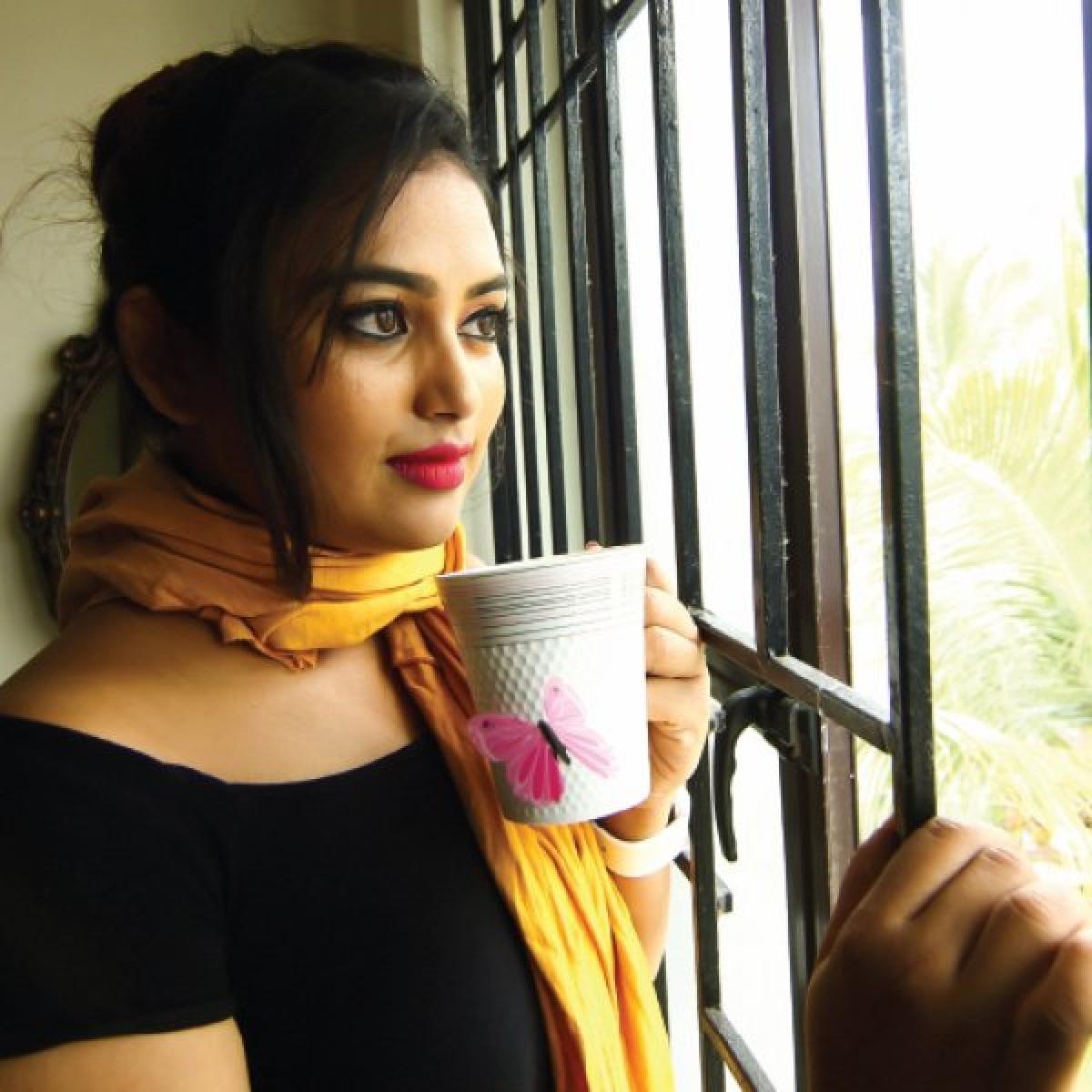 சீரியஸான சிம்பு ரசிகை நான்! - சின்னதிரை நாயகி ஃபரினா