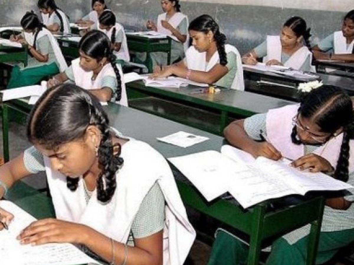 5 & 8-ம்வகுப்புகளுக்கு பப்ளிக் எக்ஸாம் அட்டவணை வெளியீடு... என்ன சொல்கிறார்கள் கல்வியாளர்கள்?