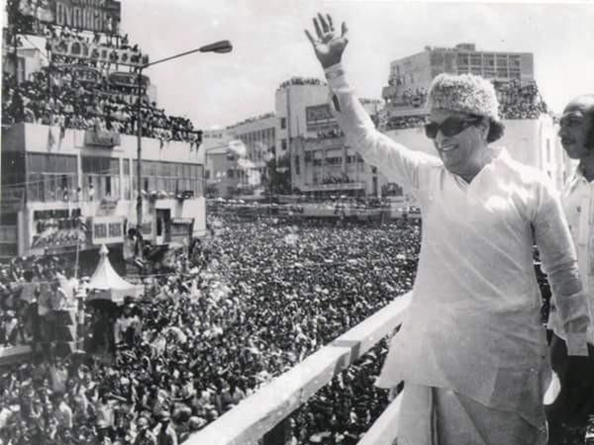`நான் உங்கள் வீட்டுப் பிள்ளை!' - எம்.ஜி.ஆரின் 103 வது பிறந்த தின சிறப்புப் பகிர்வு!