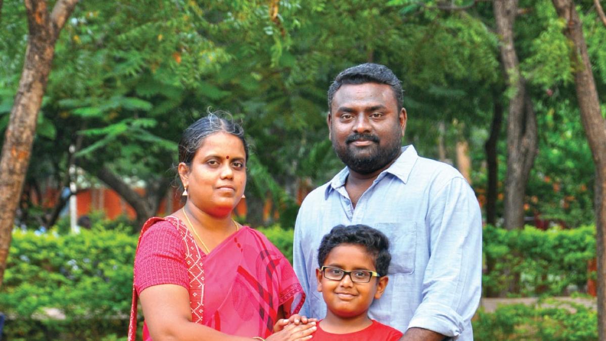 குடும்பத்துடன் இயக்குநர் பிரசாத் முருகேசன்