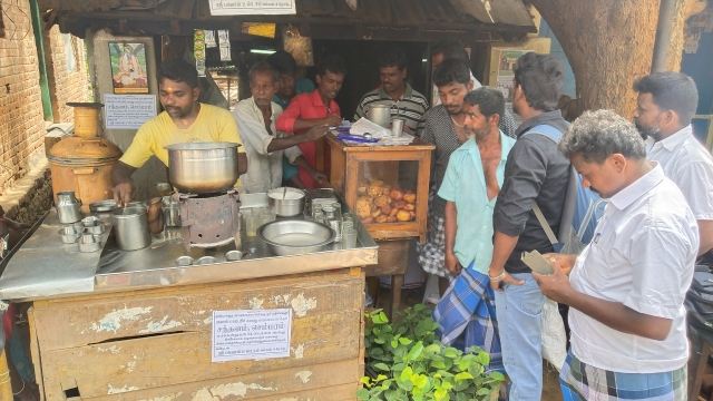tea shop with customers