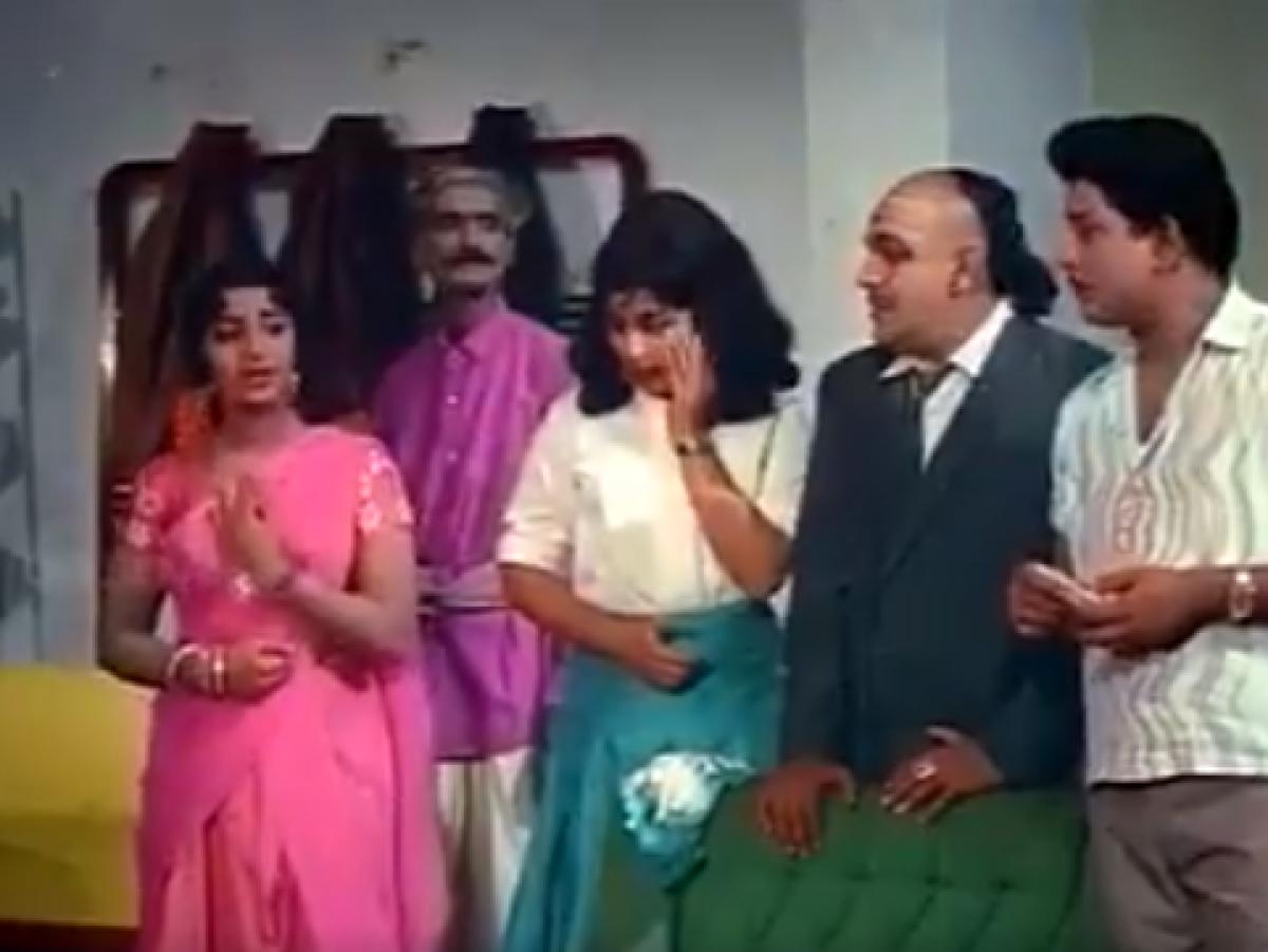 இத்தனை மூன்றுகளா... தற்போதைய தமிழ் ரைட்டர்ஸ் நோட் பண்ணுங்கப்பா, நோட் பண்ணுங்கப்பா! #ClassicViral
