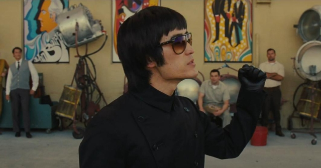 Bruce Lee look alike in OUATIH