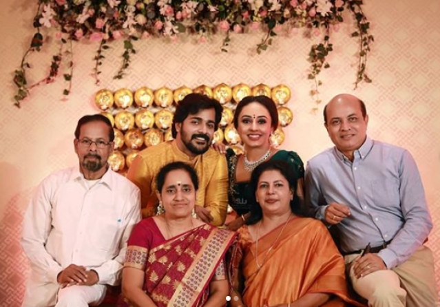 Srinish, Pearle with their parents