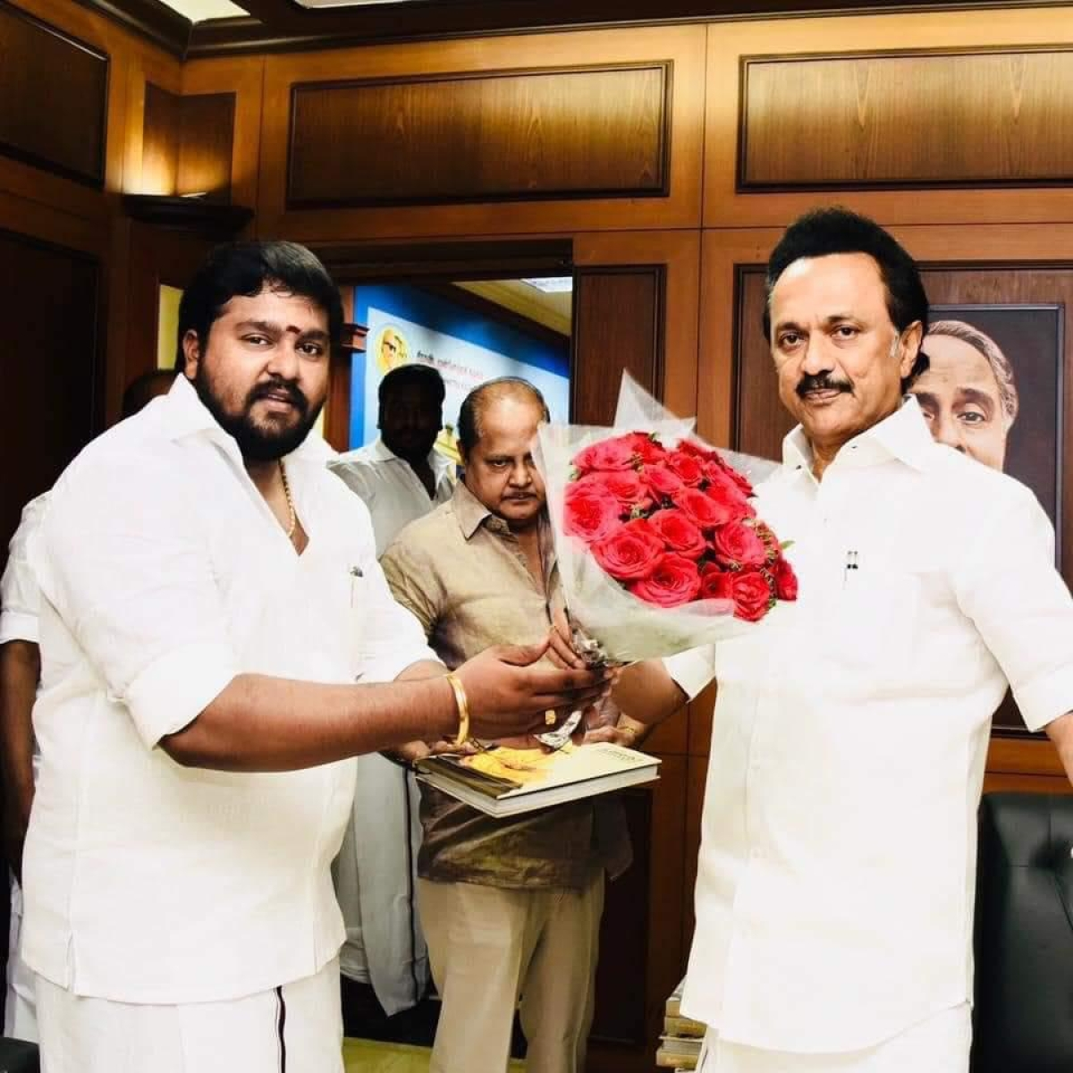 Tamilselvan With M K Stalin