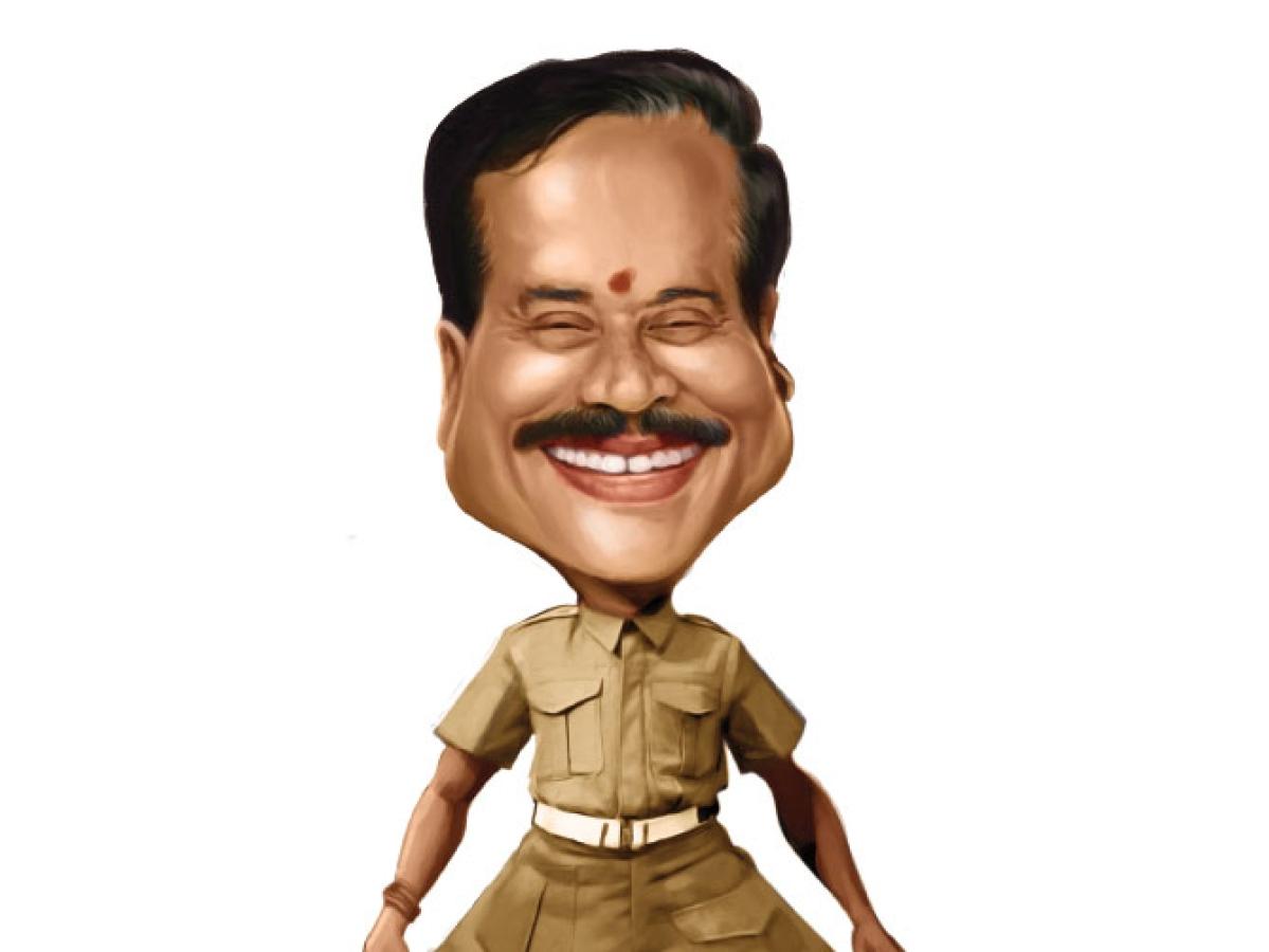 வாசகர் மேடை: கவுண்டமணி கலாய் கழகம்!