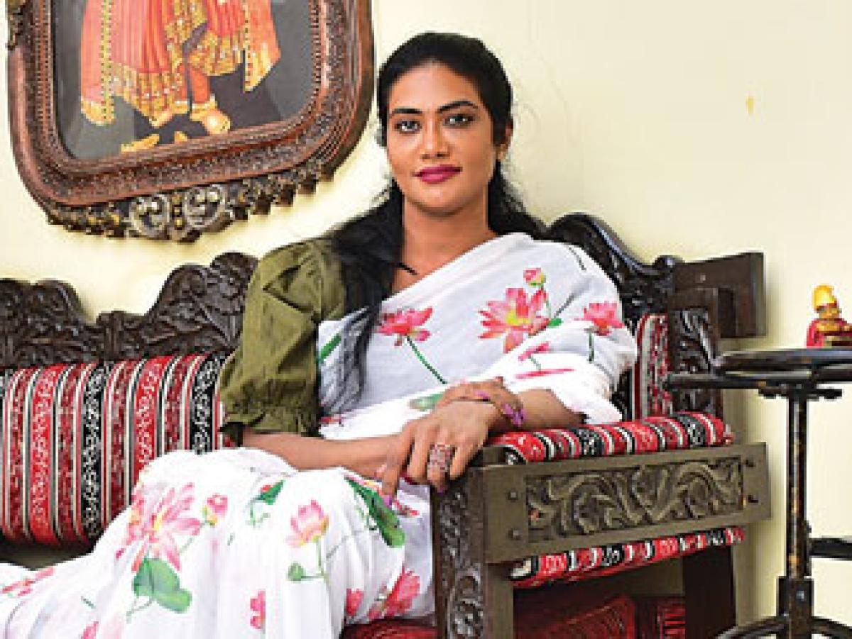 ஆர்த்தி - தமிழ்நாட்டின் முதல் பெண் பவர் லிஃப்டர் ரெஃப்ரீ