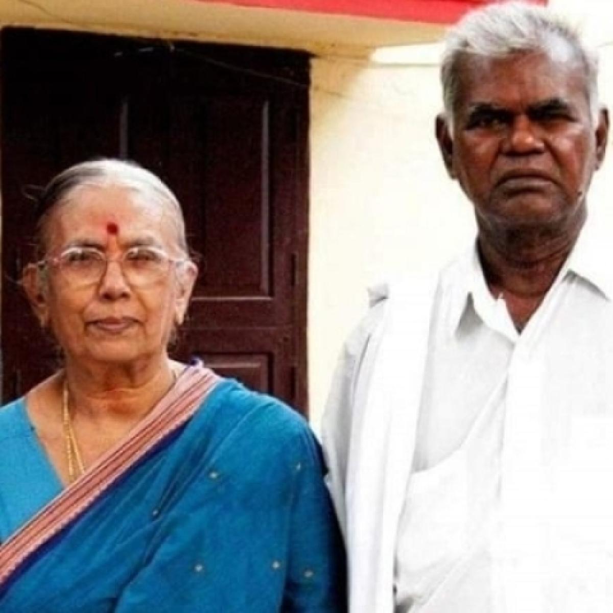 மனைவி ரஞ்சிதம் அம்மாளுடன் நல்லகண்ணு
