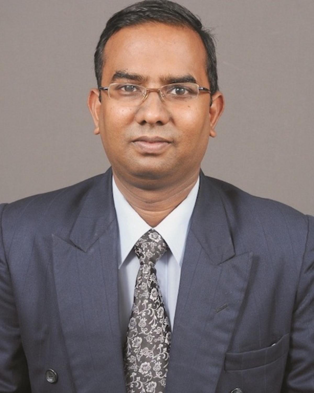 Dr.Dhavapalani