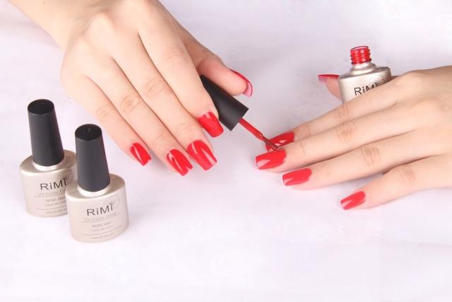 Nail polish applying tips