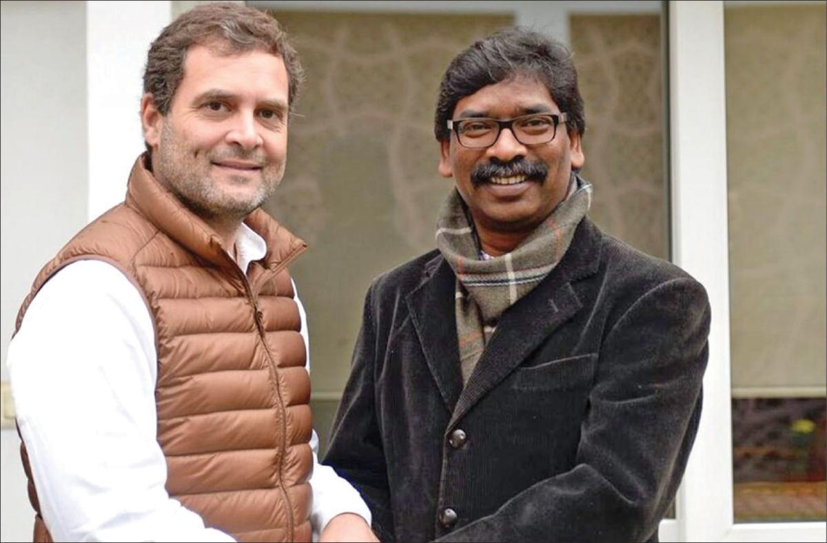 ராகுல் காந்தியுடன் ஹேமந்த் சோரன்