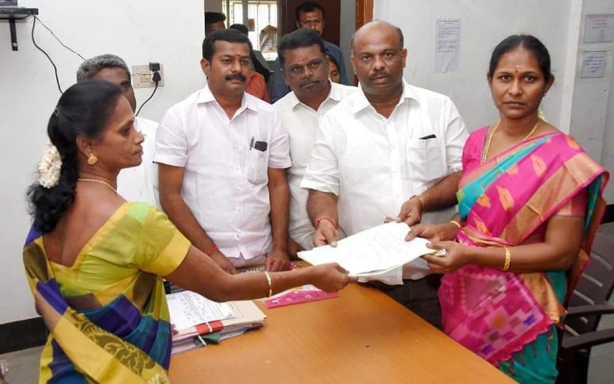 `4,905 வேட்புமனுக்கள்; களத்தில் கோடீஸ்வர வேட்பாளர்கள்!'- களைகட்டும் கரூர் உள்ளாட்சித் தேர்தல்
