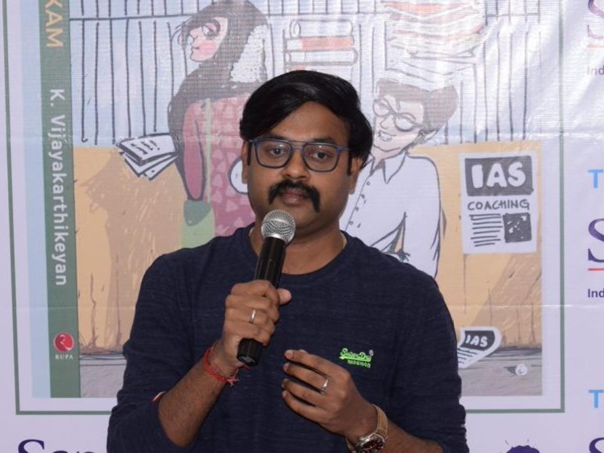 `ரஜினி பாட்டோடு, என்கவுன்ட்டருக்கு ஆதரவு!'- தெலங்கானா விவகாரத்தில் திருப்பூர் ஆட்சியர்