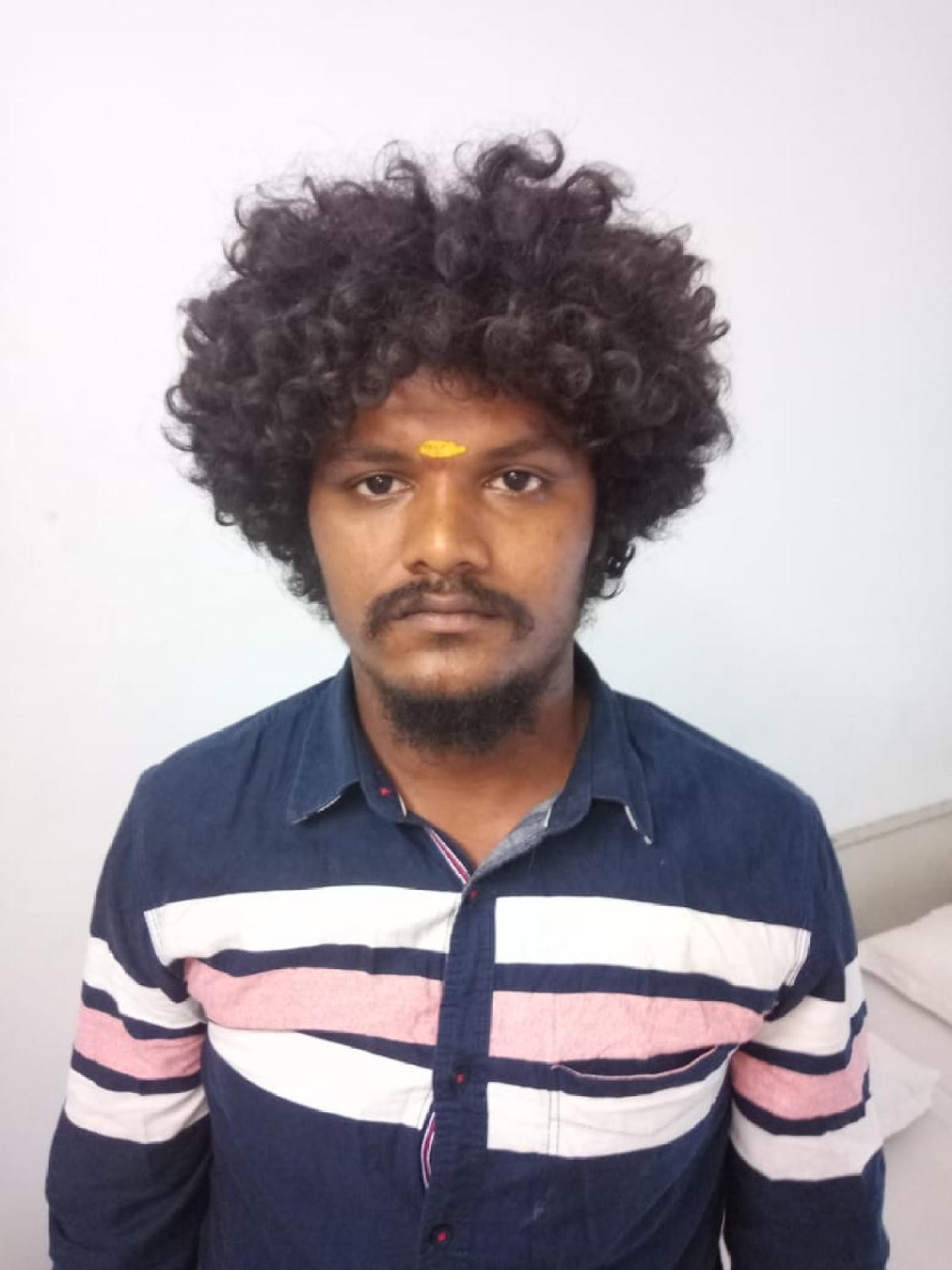 புறா கார்த்திக்