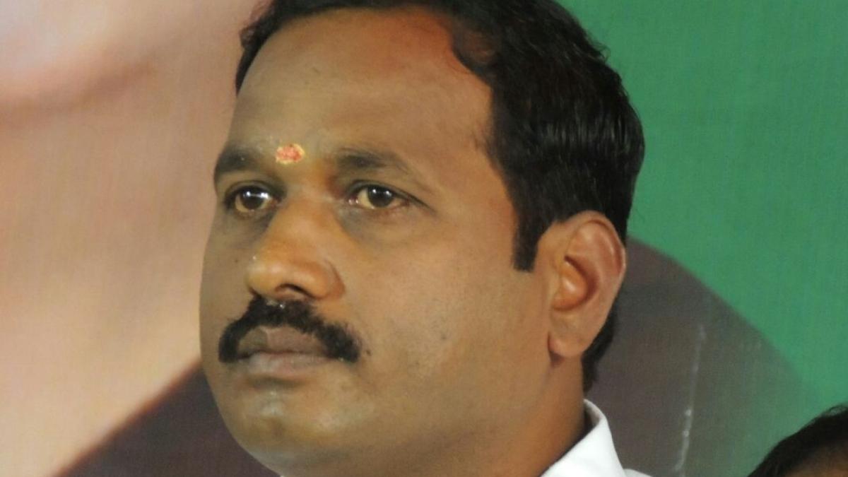 எம்.எல்.ஏ.,சந்திரசேகரன்