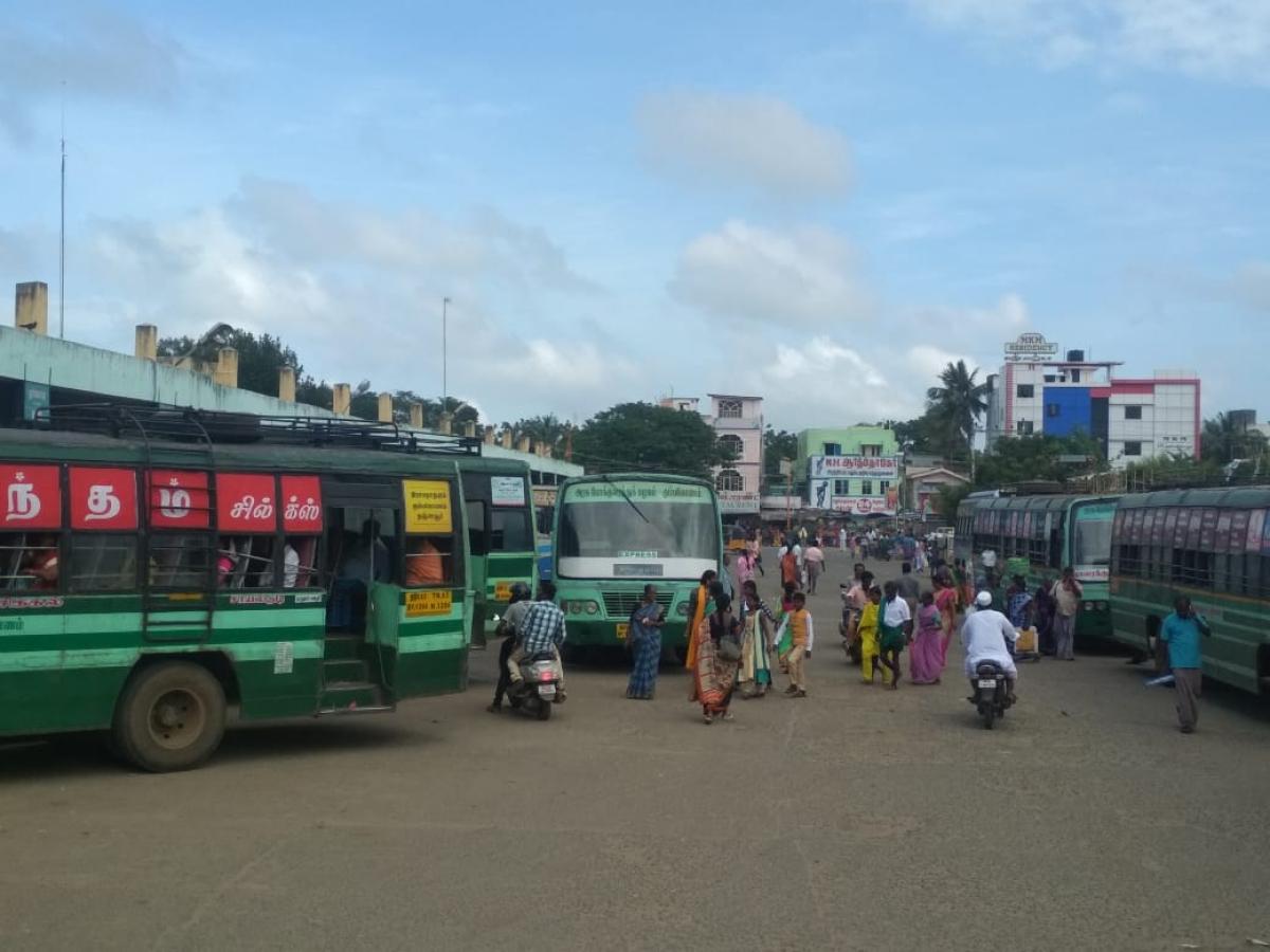 நகைத் திருட்டு நடந்த ராமநாதபுரம் பேருந்து நிலையம்